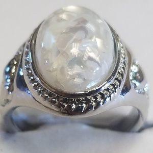 Women's amber shell ring